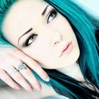 Avril Black Lee