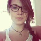 Elīna Apine