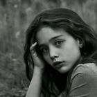 beautiful but stupid girl