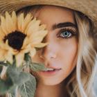 girl of sunflower🌻