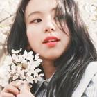 joy loves jonghyun