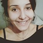 Analía Flores