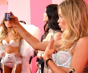 models and victoriasecrets image