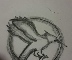 dibujos, the hunger games, and catching fire image