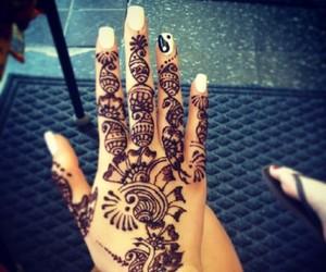 girl, hand, and henna image