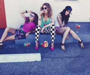 girl, wildfox, and friends image