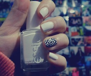 nails, essie, and cute image