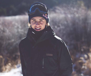 mark mcmorris, snowboarder, and snowboarding image
