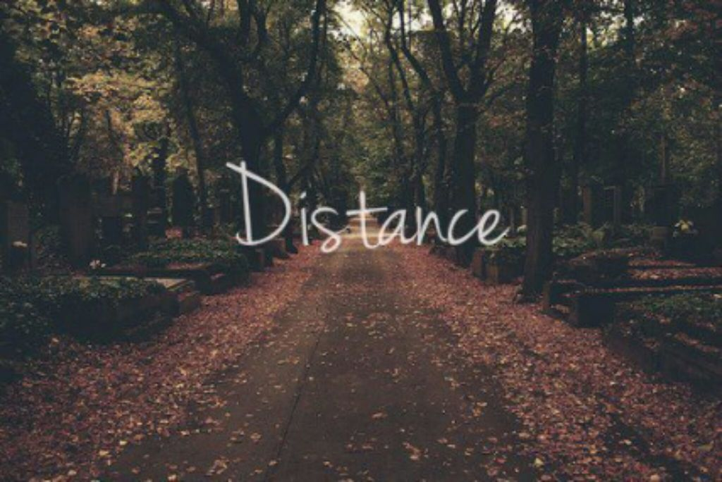 distance and quotes image