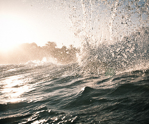 summer, water, and waves image