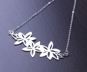 flower necklace, metal jewelry, and bridesmaid necklace image