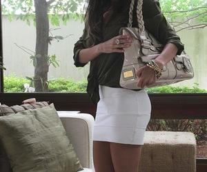 girl and bag image
