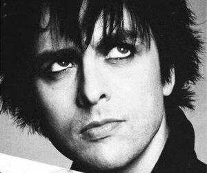 billie joe armstrong, green day, and music image