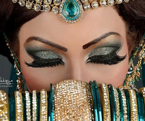 makeup and jewelry image