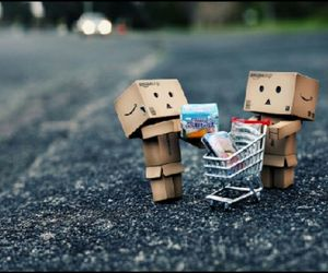danbo and shopping image