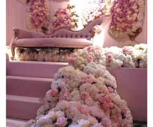 decor, flowers, and valentine image