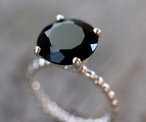 ring and black image