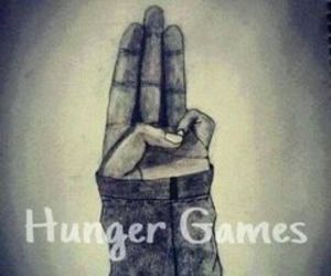 drawing, hunger games, and katniss image