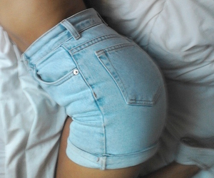 fashion, sexy, and shorts image