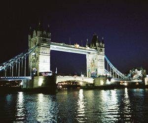 light, london, and night image