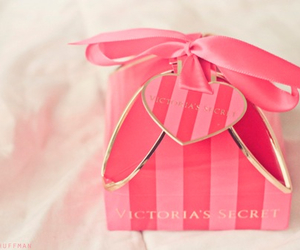 pink, Victoria's Secret, and gift image