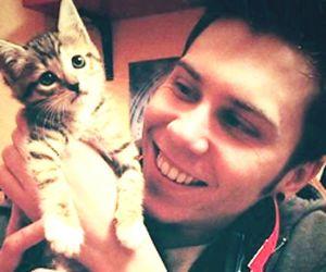 gato, madrid, and youtuber image