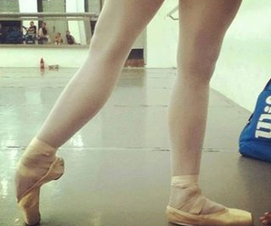 ballerina, pointe, and shoes image