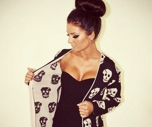 fashion, girl, and skull image