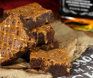 brownie and dessert image
