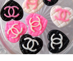black and white, chanel, and Cookies image