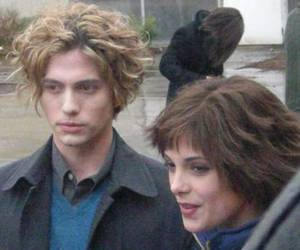 alice cullen, jasper hale, and twilight image
