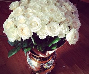 roses and luxury image