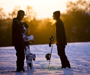 snowboard, boy, and snow image