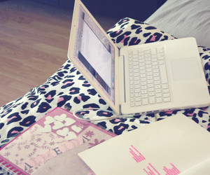 laptop, notebook, and pink image