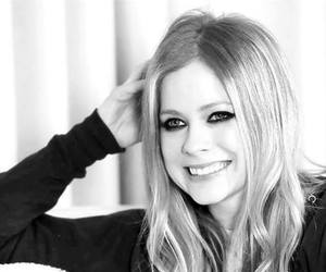 Avril Lavigne and beautiful image