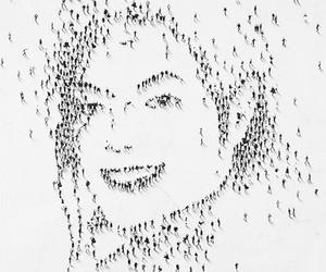 drawing, michael jackson, and tiny people image