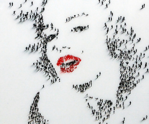 drawing, Marilyn Monroe, and tiny people image