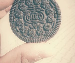 food, yummy, and oreo image