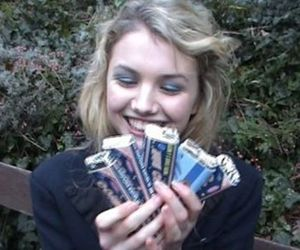 skins, hannah murray, and cassie image