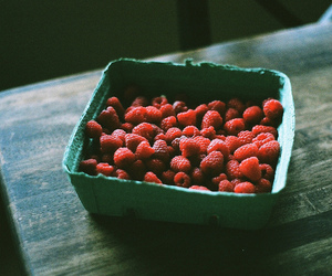 raspberry, photography, and food image