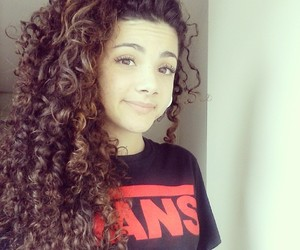 brazilian, curly hair, and girl image