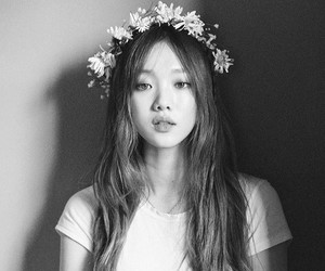 lee sung kyung, korean, and model image