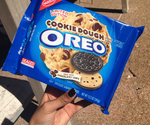 cookie dough and oreo image