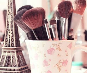 paris, make up, and Brushes image