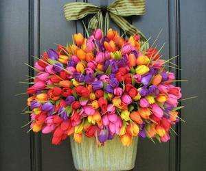 bouquet and tulips image