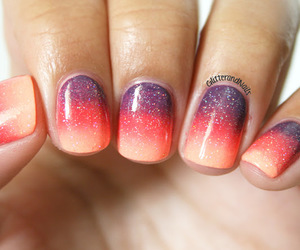 nails, nail art, and ombre image
