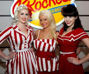 blonde, brunette, and Pin Up image