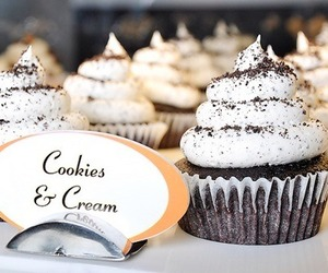 cupcake, Cookies, and food image
