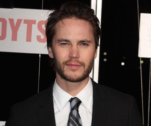 taylor kitsch, body measurements, and height weight image