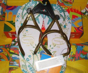 fashion, havaianas, and slippers image